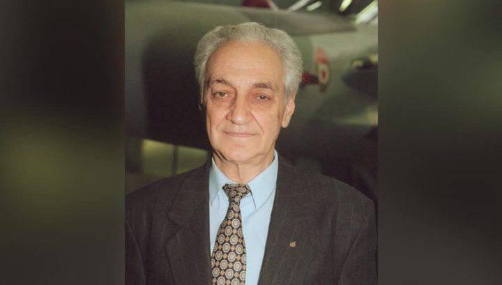 Скончался выдающийся авиаконструктор Иван Микоян
