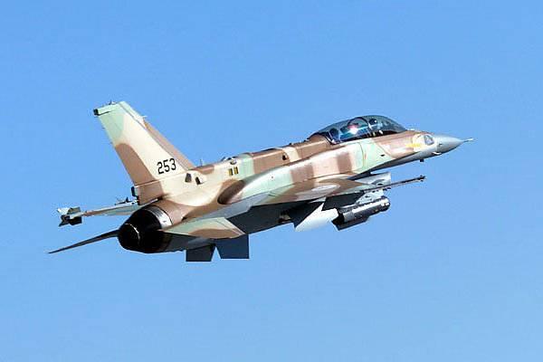 Израильская авиация снова нанесла удар по сирийским военным