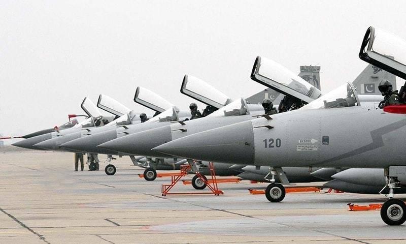 Азербайджан может закупить в Пакистане истребители JF-17