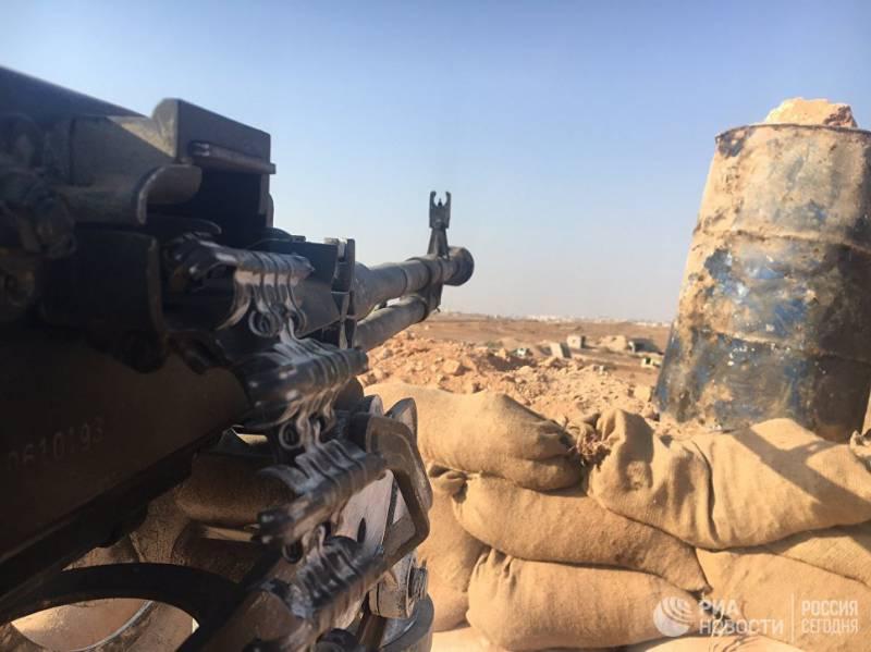 Террористы обстреляли гумкоридор в Алеппо, ранив двух российских военнослужащих