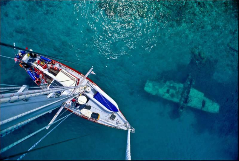 Затонувшие корабли, которые видны с поверхности