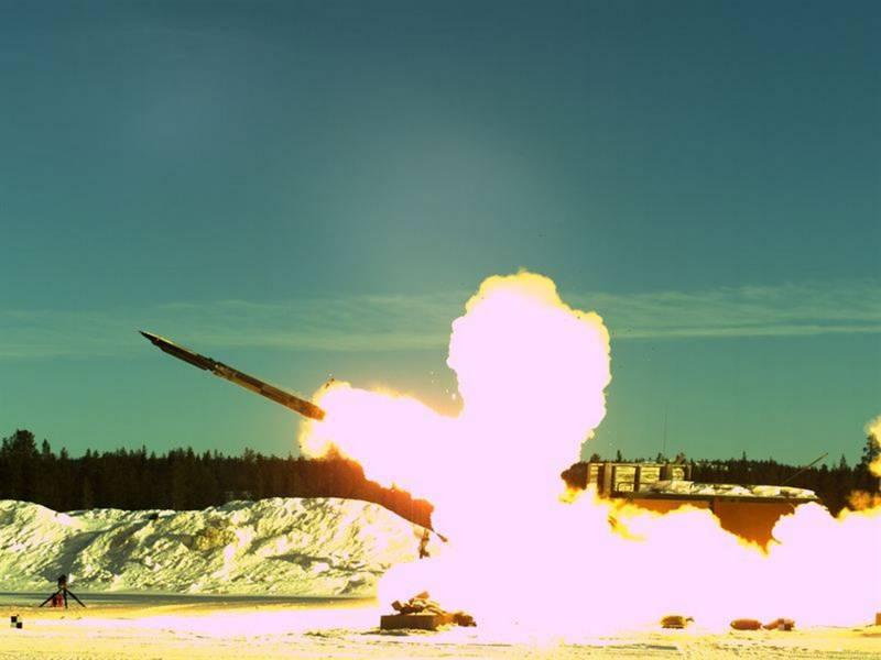 «Стальной дождь» в Балтии: о размещении британских MLRS в Эстонии. Коварный Северо-Европейский ТВД