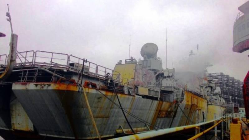 На крейсере «Украина» провели контрольный запуск двигателей