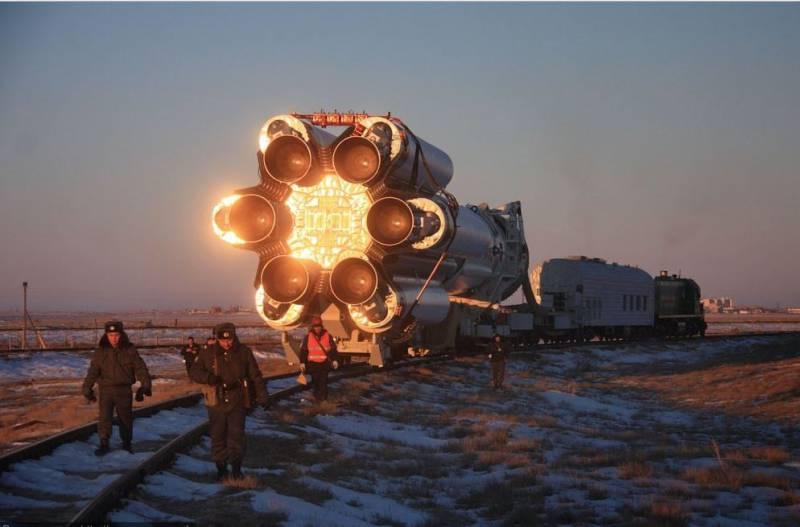 """""""Протон"""" против """"Сокола"""": битва за право быть космическим извозчиком"""