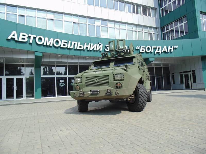 «Богдан» передал ВСУ на испытания новый бронеавтомобиль «Барс-8»
