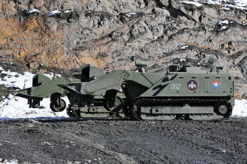 Инженерные войска ЮВО получат ещё 3 роботизированных комплекса «Уран-6»