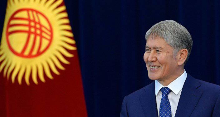 Атамбаев: После окончания действия срока договора российская военная база должна уйти из Киргизии