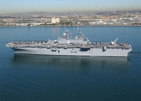 Два корабля ВМС США с 4 тыс. военнослужащих на борту вошли в Средиземное море