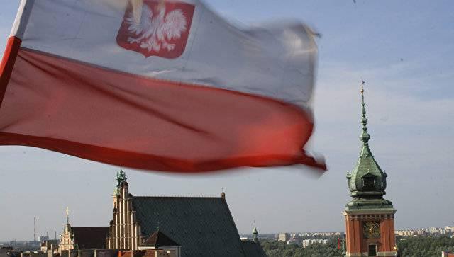 СМИ: бывшее руководство польской контрразведки подозревают в тесных связях с ФСБ