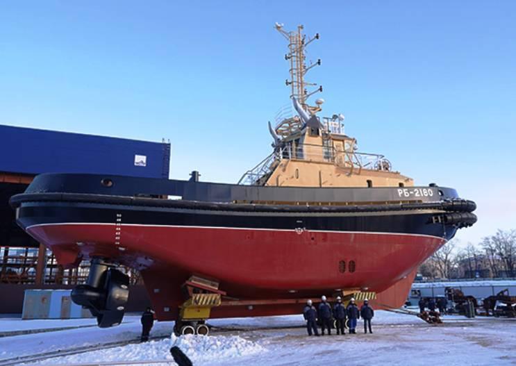 सेंट पीटर्सबर्ग में नए छापे tugboat का शुभारंभ