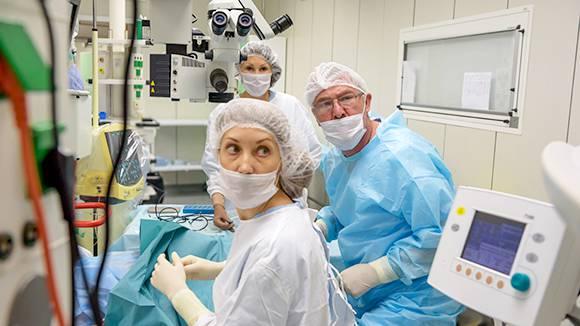 Минобороны начнет готовить медсестёр с преподаванием дисциплин по военно-полевой хирургии