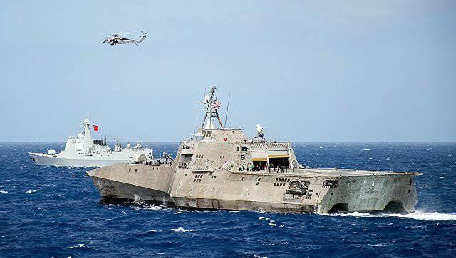 Представителям ВМС США пришлось объясняться в Конгрессе по поводу частых поломок кораблей