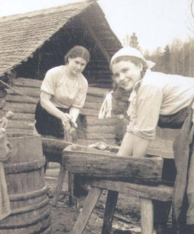 Что делали для фронта Ольга и Настя