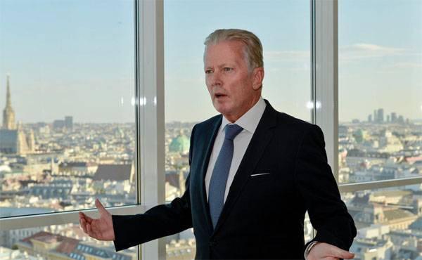 Австрийский вице-канцлер выступил за поэтапную отмену антироссийских санкций
