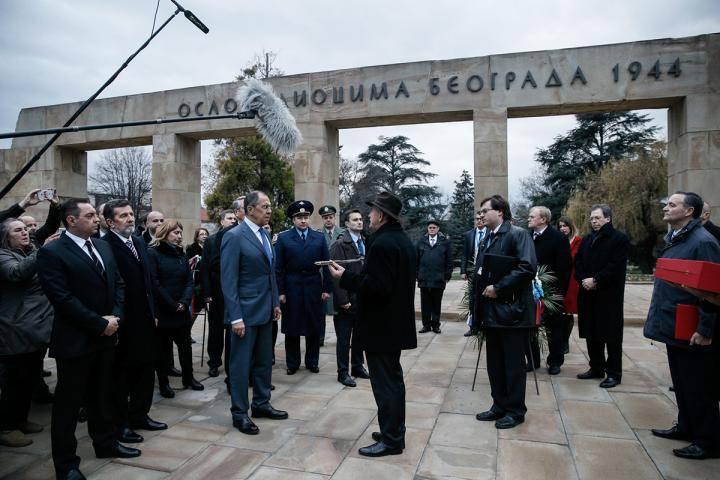 Сергей Лавров сообщил об антироссийских директивах, спускаемых в ЕС извне