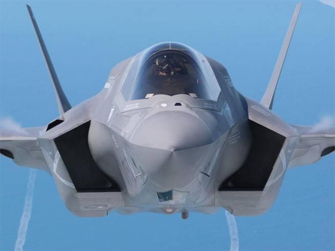 Трамп обрушил стоимость производителя F-35 одной строкой в соцсети