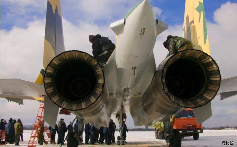 СМИ: Китай уже может обойтись без российских авиадвигателей