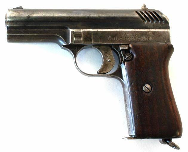 Чешский, удобный и успешный… пистолет CZ 27
