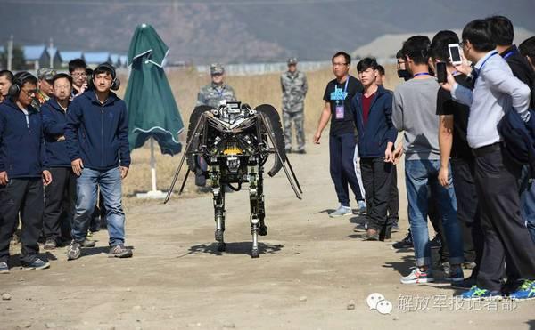 НОАК провела конкурс беспилотных наземных систем
