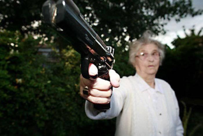 Снова по теме легализации личного огнестрельного оружие