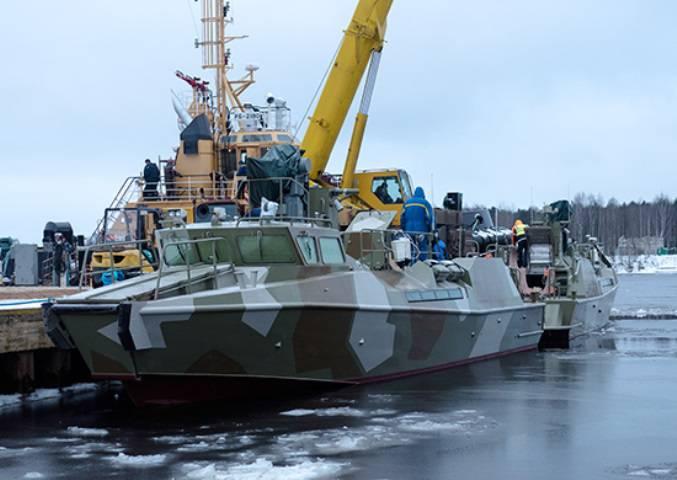 В Петербурге спущены на воду 2 патрульных катера «Раптор»