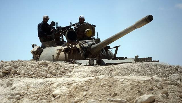 СМИ: правительственные силы отразили мощную атаку боевиков на авиабазу под Пальмирой