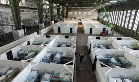 Спецназ провел операцию взакрытом берлинском аэропорту Темпельхоф. Там подготовлен лагерь беженцев