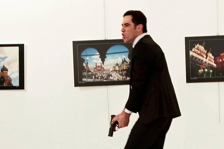 Ministerio del Interior turco: el asesino de Karlov no actuó solo