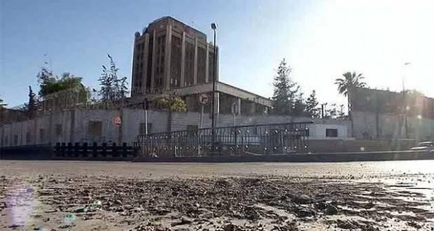 Обстрел русского посольства: куда ичем стреляли