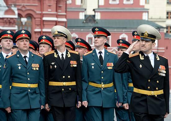 """Преодолена ещё одна """"сердюковская"""" реформа в Вооружённых силах РФ"""