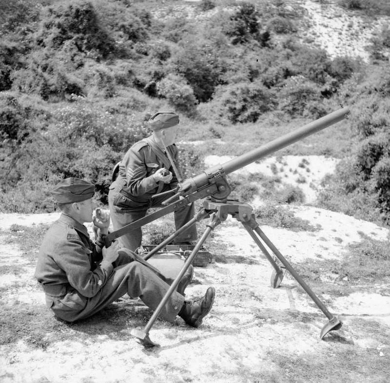 Гранатомет-ампуломет Northover Projector (Великобритания)