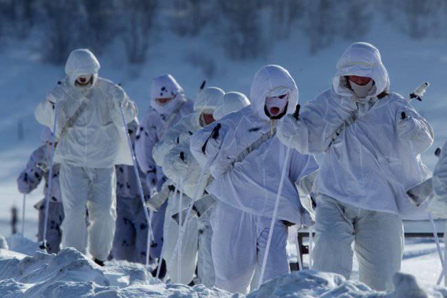 Новобранцы успешно завершили курс выживания в условиях Заполярья