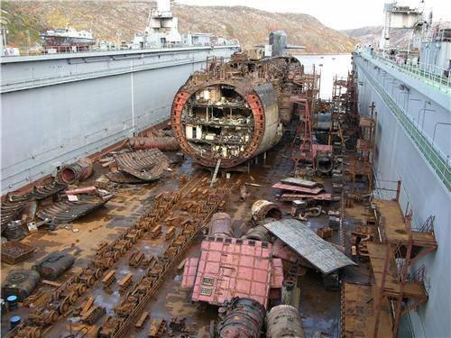 Российские специалисты разработали проект утилизации списанных АПЛ «методом взрывной резки»