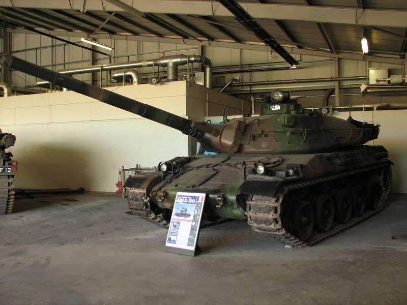 Экспериментальный танк AMX-30 ACRA (Франция)
