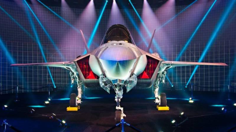 В Пентагоне объяснили проблемы с F-35 чрезмерным оптимизмом командования
