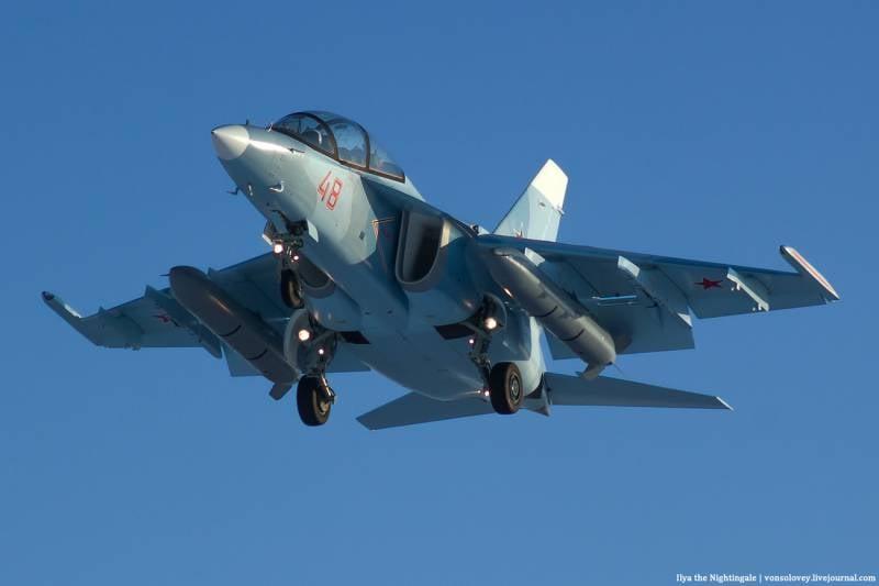 Последняя тройка Як-130 по оборнзаказу-2016 отправилась в Армавир