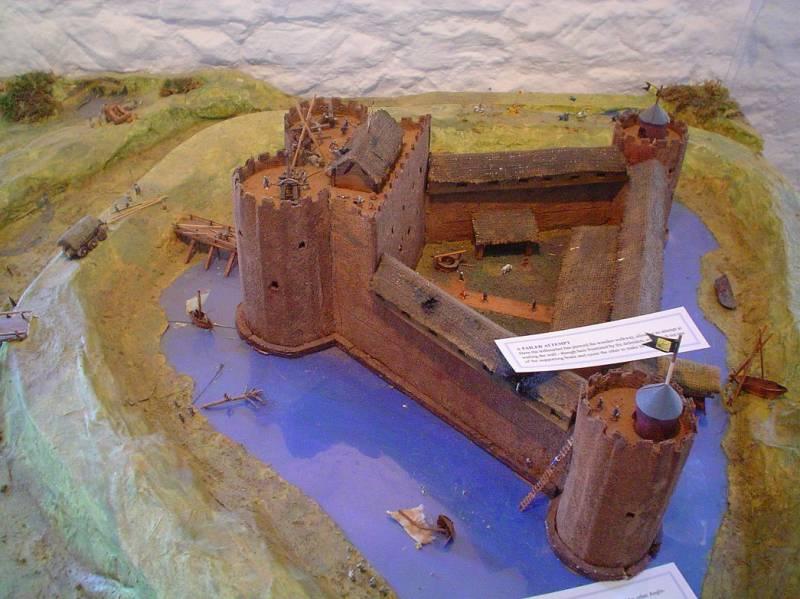 Керлаверок – треугольный замок оригинальной архитектуры и богатой истории