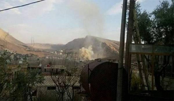 """Армия Сирии ведёт бои с """"ан-Нусрой"""" под Дамаском"""