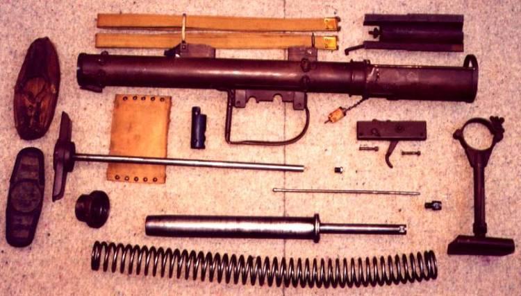 Противотанковый гранатомет PIAT (Великобритания)