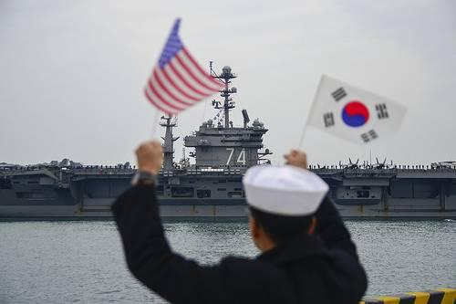 """Южная Корея отказалась """"нападать"""" на КНДР"""