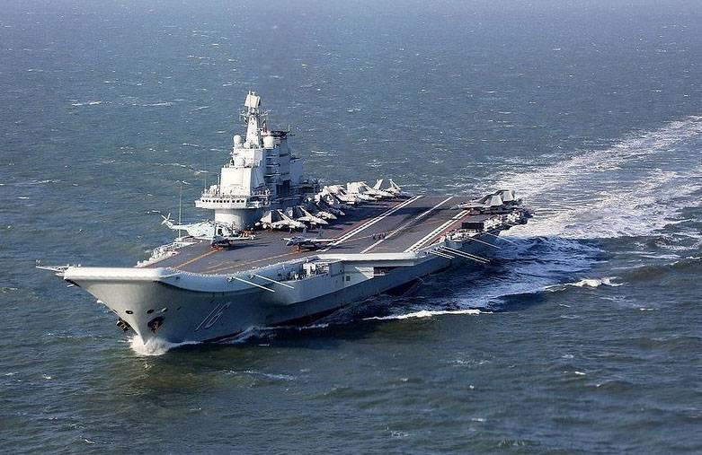 Китайская авианосная группа подошла к Тайваню. Тайбэй поднял в воздух свои ВВС