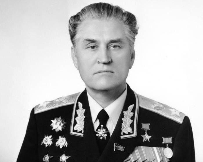 15 января 1917 года родился маршал Василий Иванович Петров