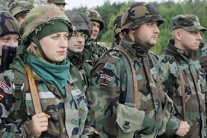 Латвия решила усилить войска на границе с Россией