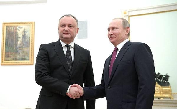 """Igor Dodon a Mosca: """"L'accordo sull'euro-associazione della Moldavia sarà cancellato"""""""