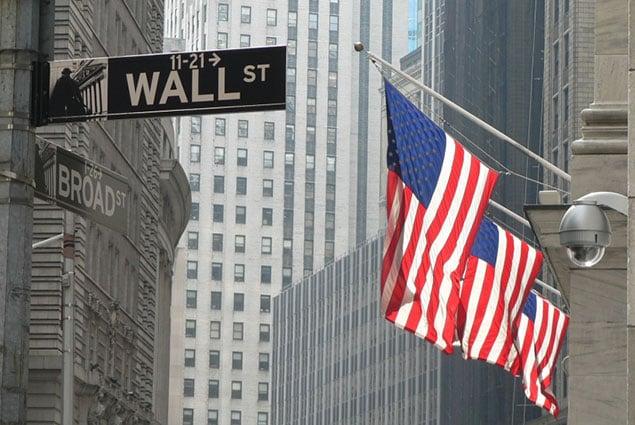 Храните демократию в американских банках