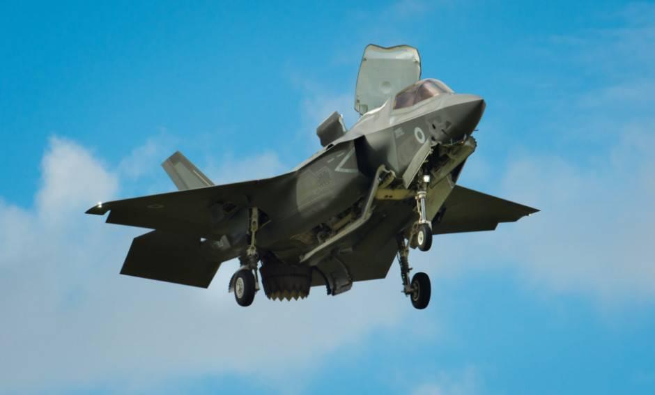 США начали переброску истребителей F-35 вЯпонию