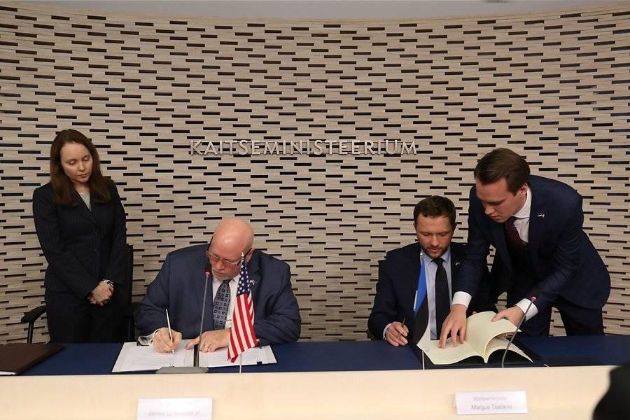 Брачный контракт Прибалтики и США