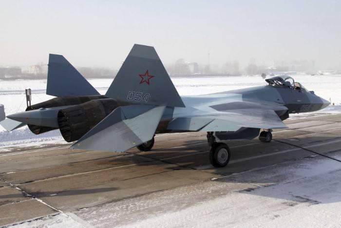 Дозаправка Т-50 в воздухе (видео)