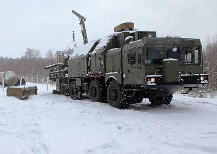 На вооружение РВСН принята колёсная дорожная машина