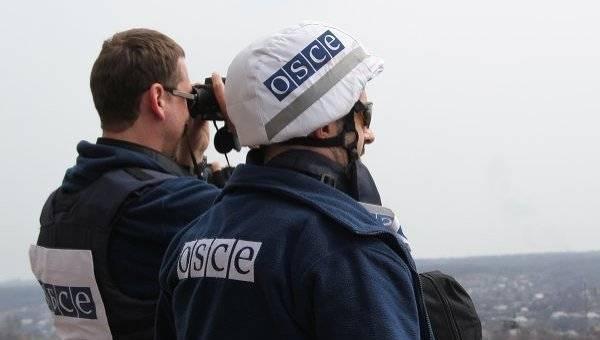 Хуг потребовал открыть все дороги на востоке Украины